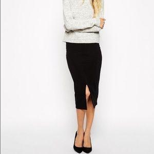 Zara Trafaluc black ribbed stretch pencil skirt!
